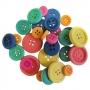 Boutons en bois colorés